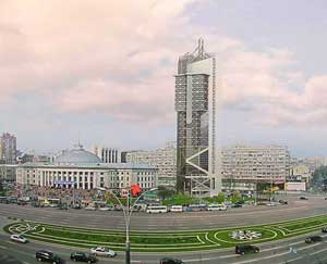 Торгово-общественный центр на ул. Дмитриевской