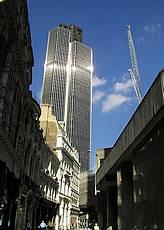 Самый старый небоскреб лондонского Сити выставлен на продажу