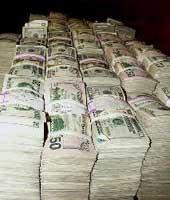 Кредитные учреждения начали приносить прибыль