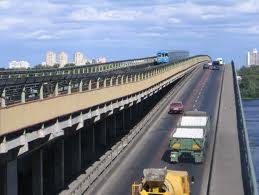 Киевляне могут остаться без мостов